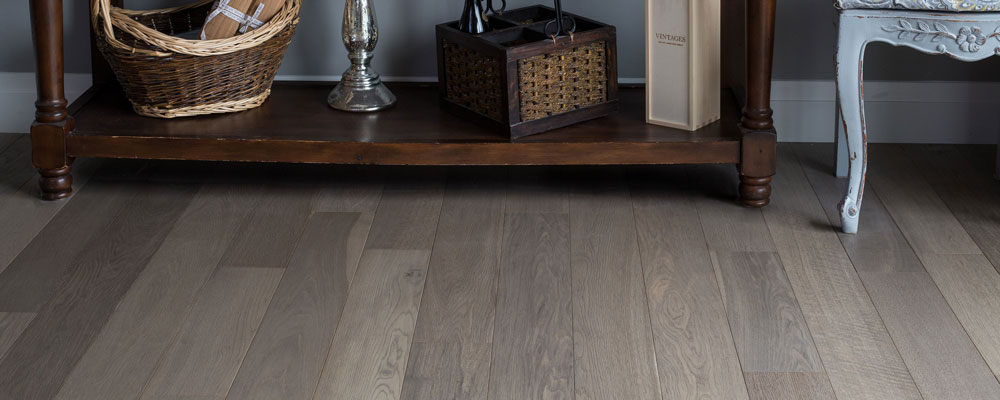 SureWood_Beckham-Brothers_Hardwood-Flooring_English-Plank_Nottinghill_Siberian-Larch-Core_Residential